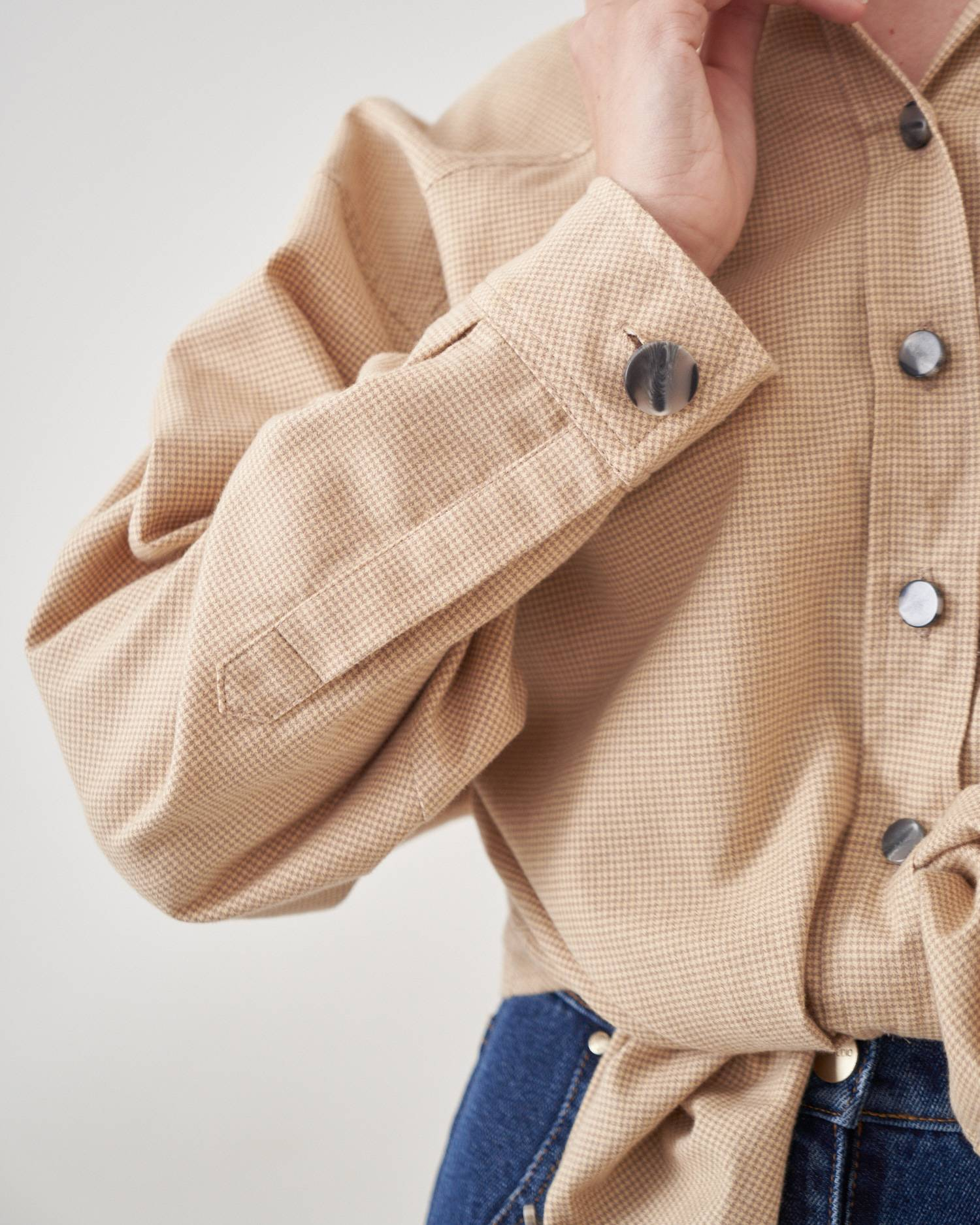 Button placket shirt
