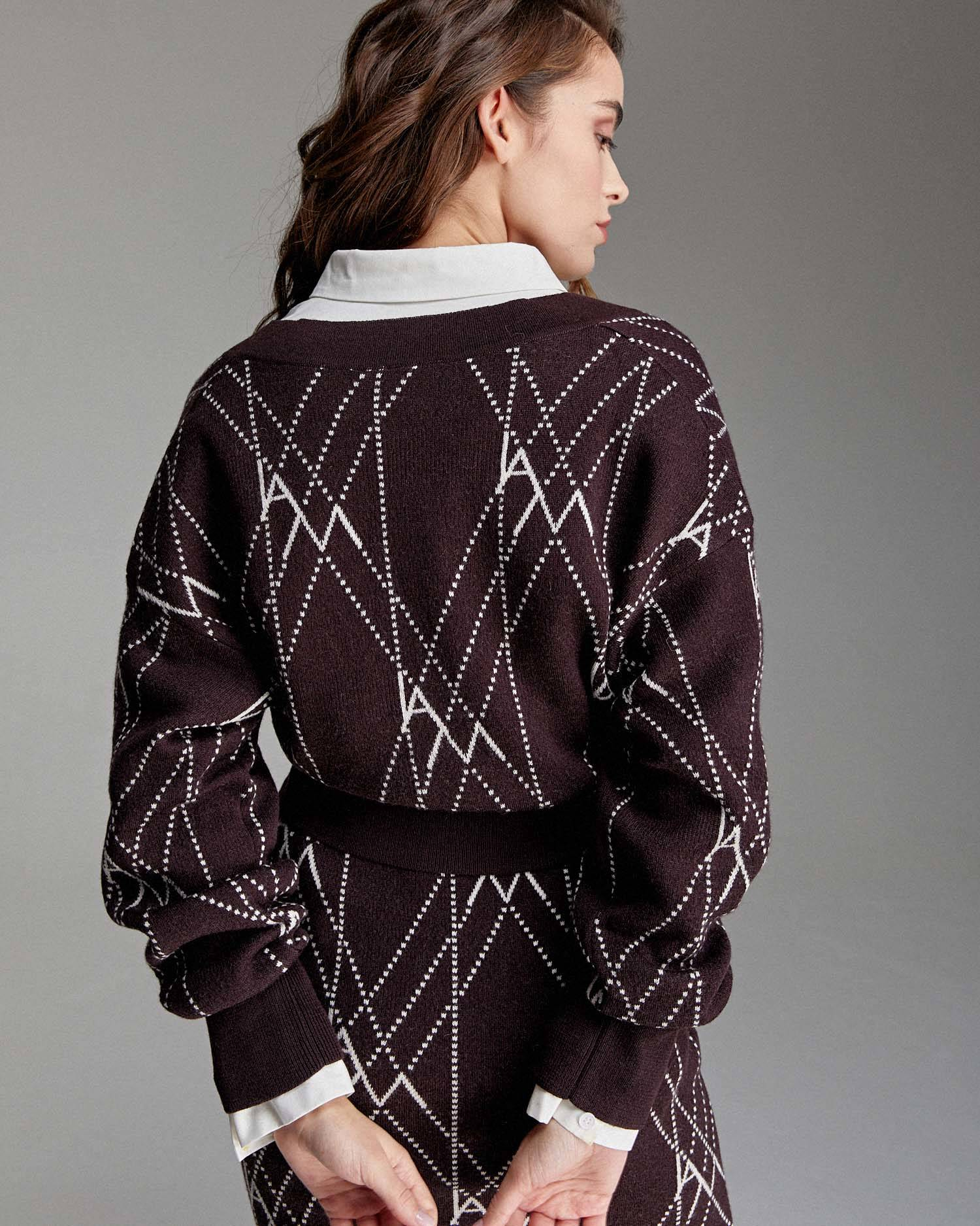 Cropped jacquard knit cardigan