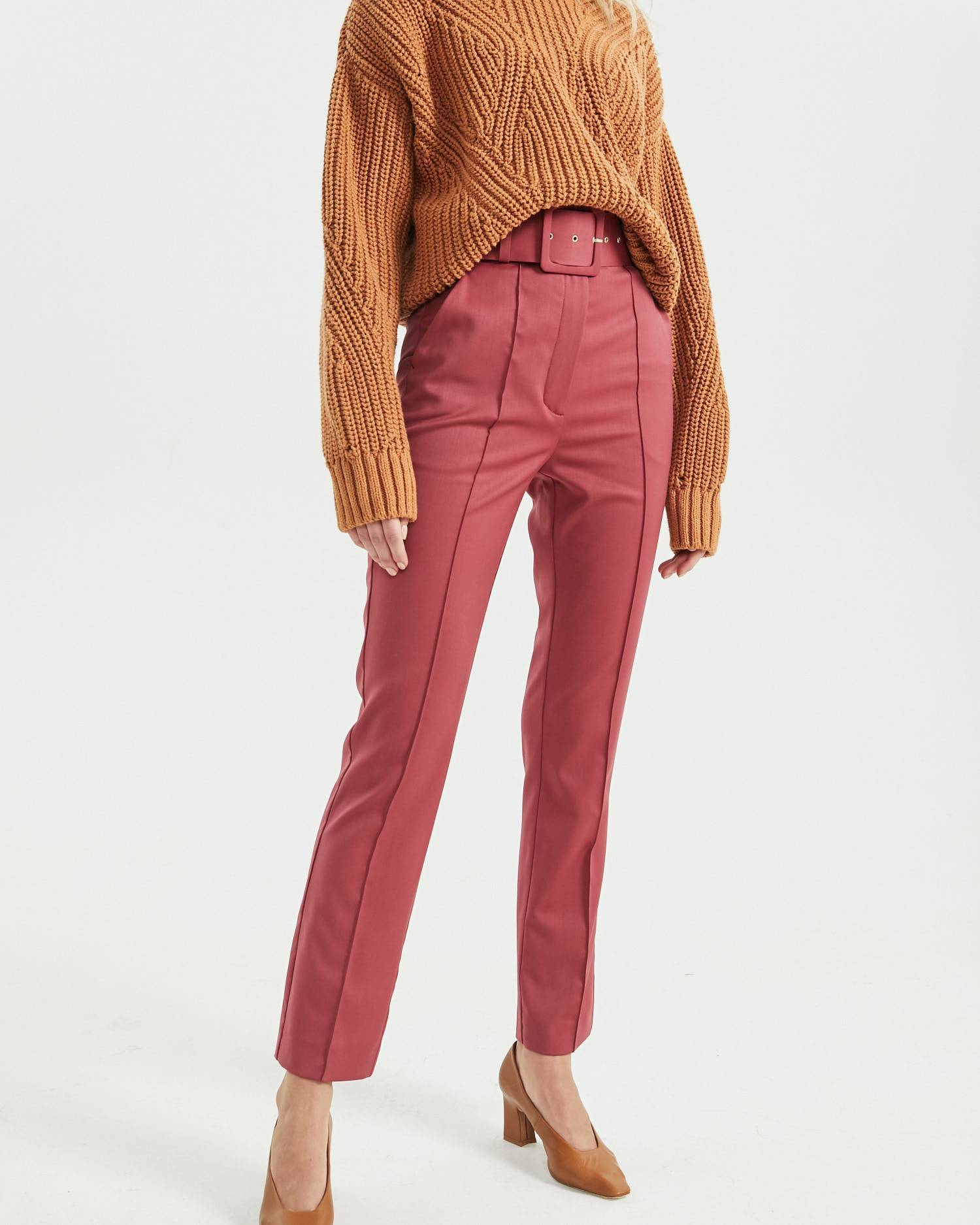 Fitted wool pants with decorative stitching