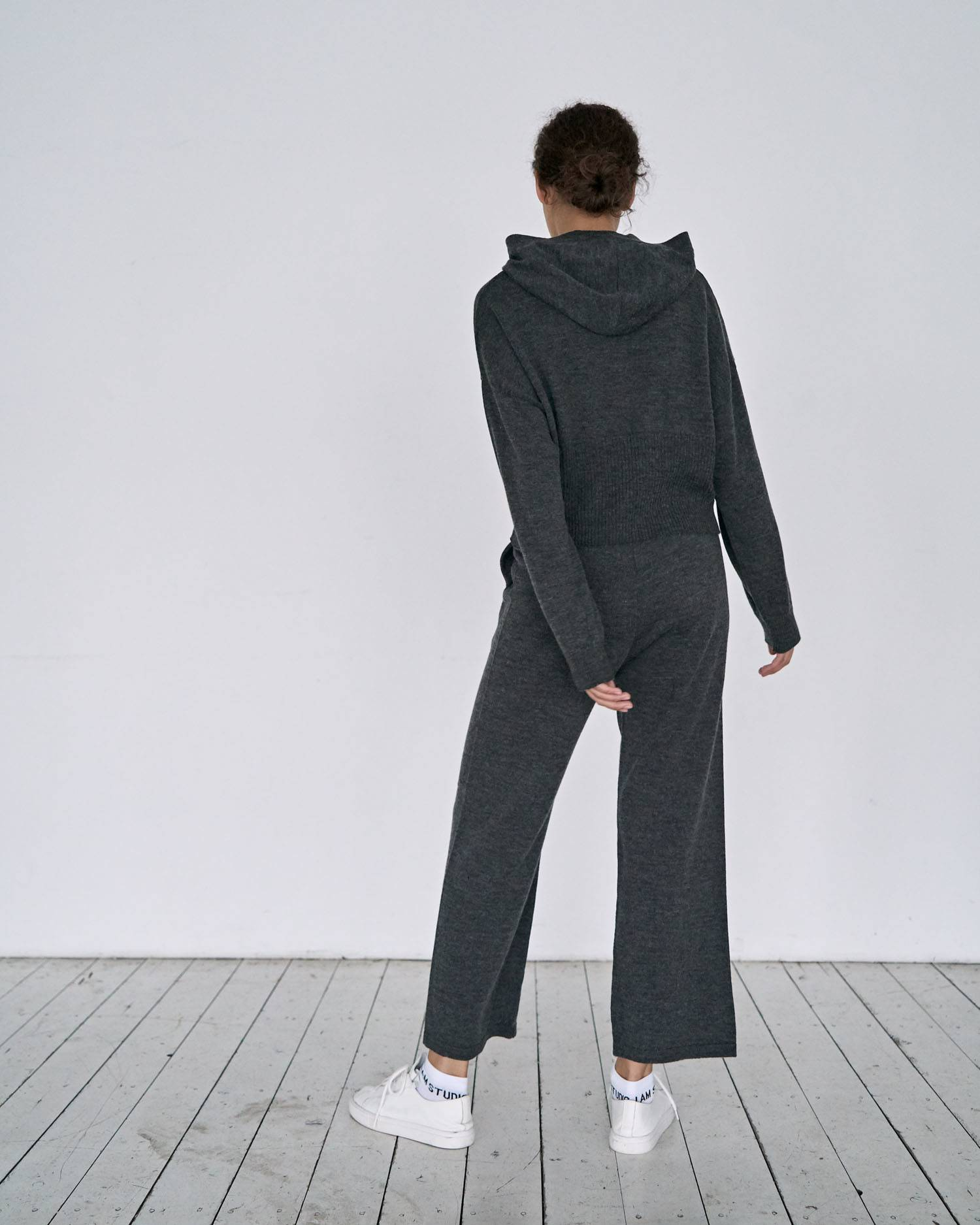 Knit leisure suit