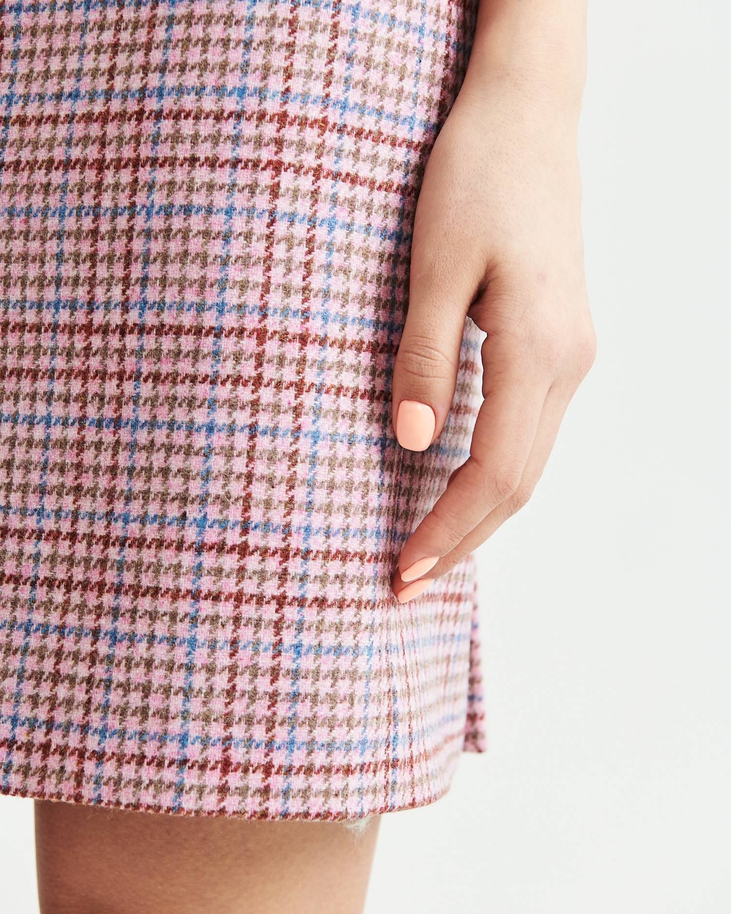 Checked wool pencil skirt