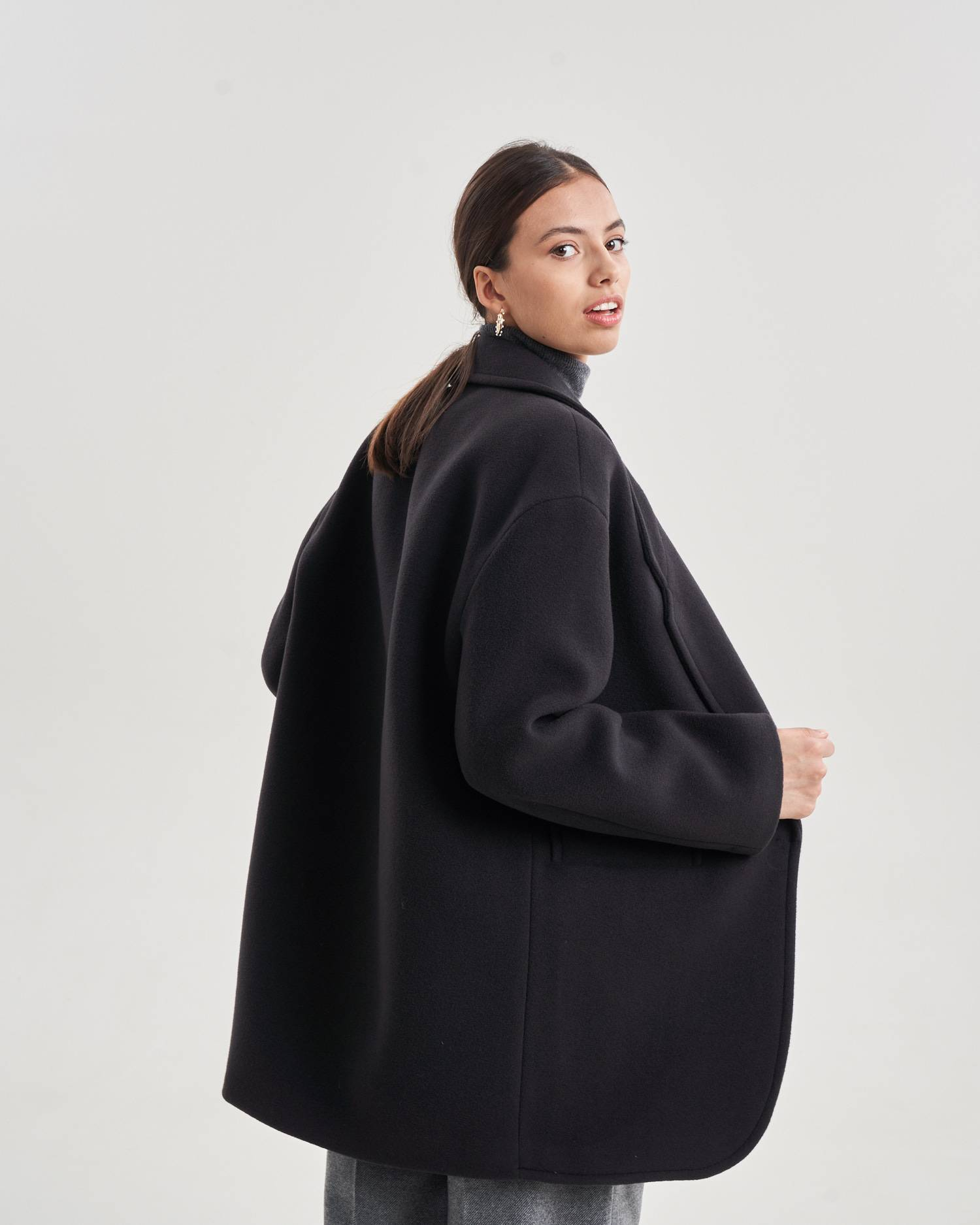Straight fit pin clip coat