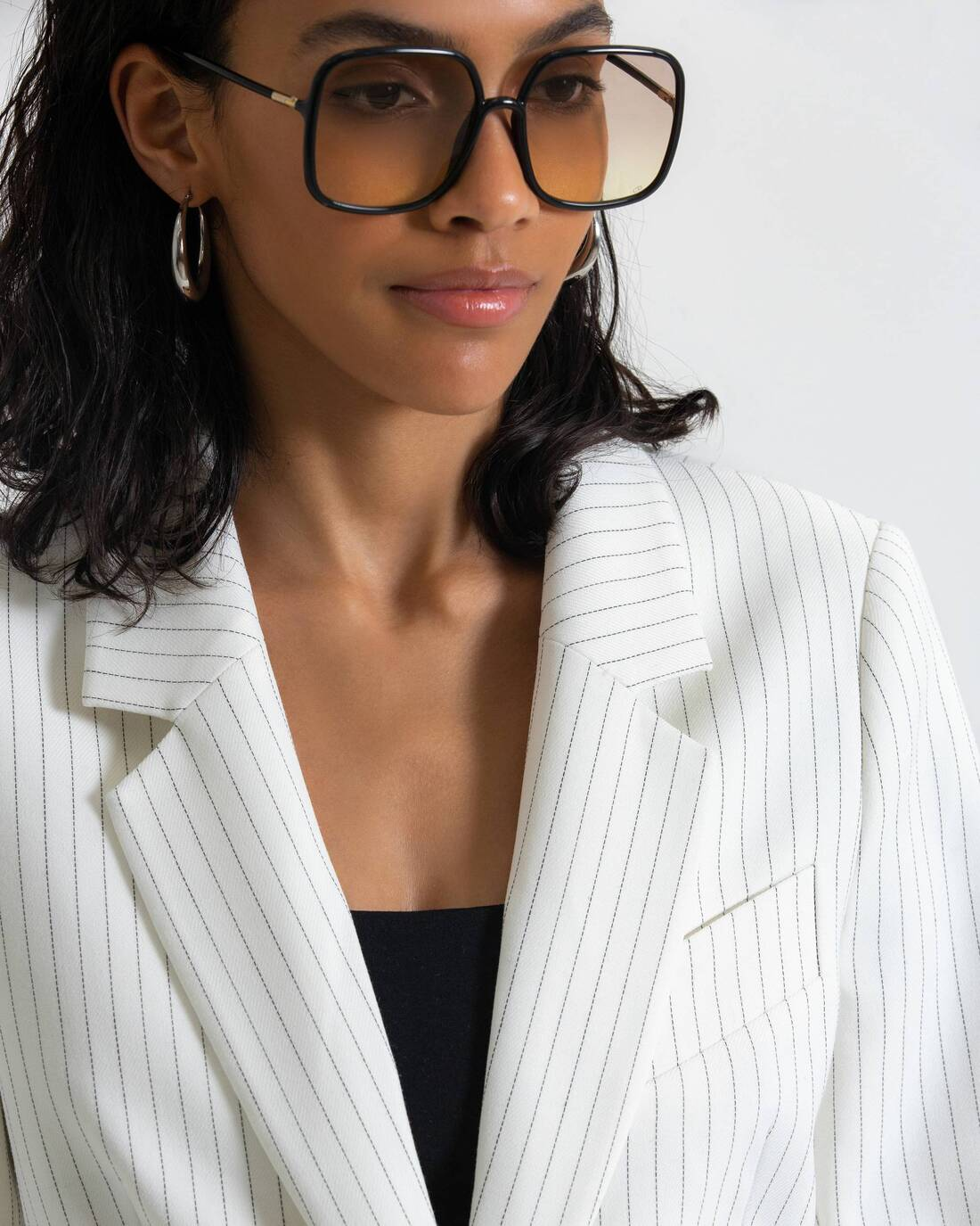 Single-breasted fitted jacket with welt pockets