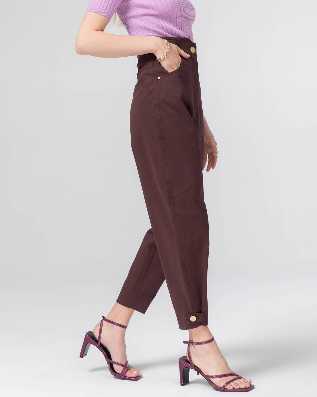 Twill pants with relief detailing