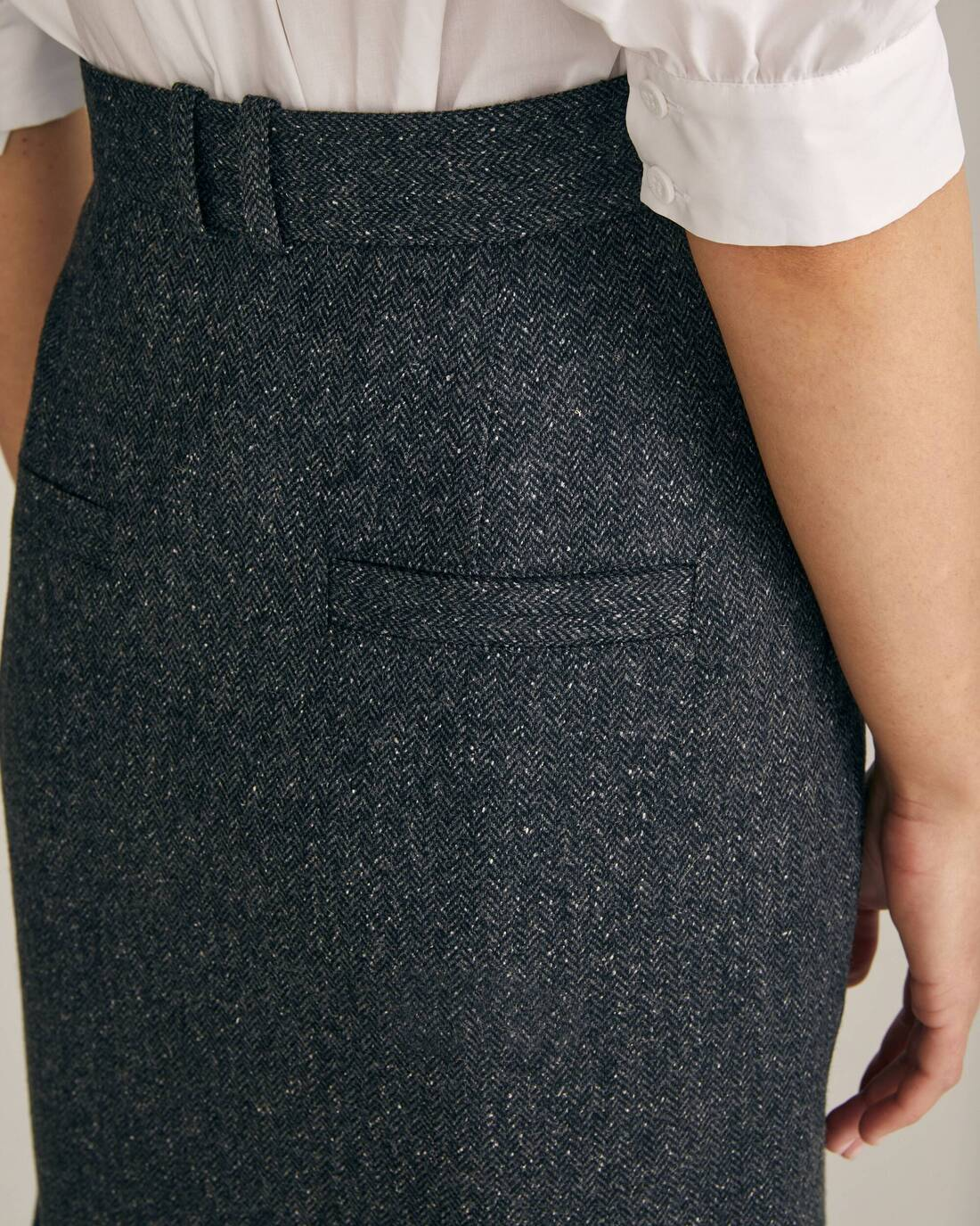 Tweed mini skirt with contrasting stitching