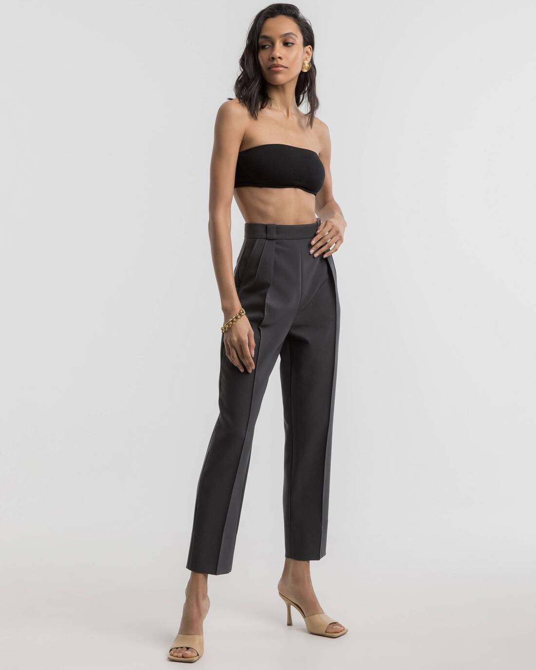 Costume cigarette style pants with rolled-up cuffs
