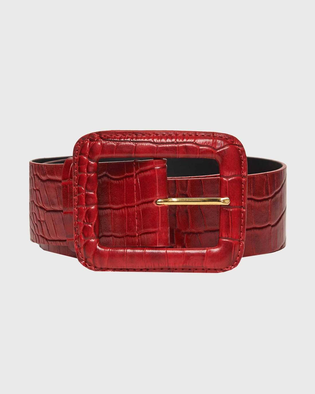 Reptile texturized leather belt