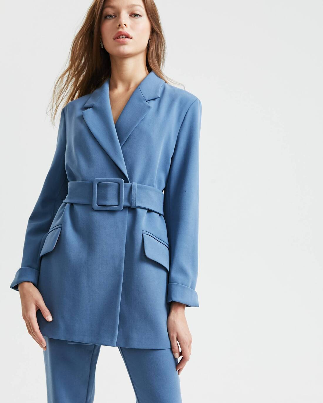 Belted two-piece suit