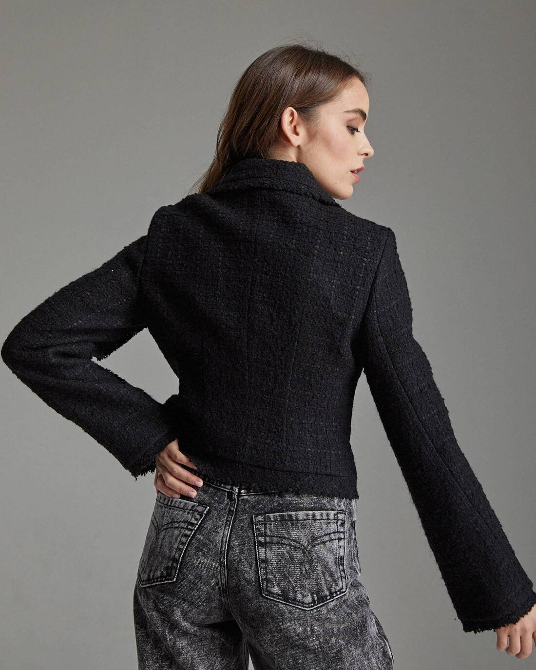 Cropped tweed boucle jacket