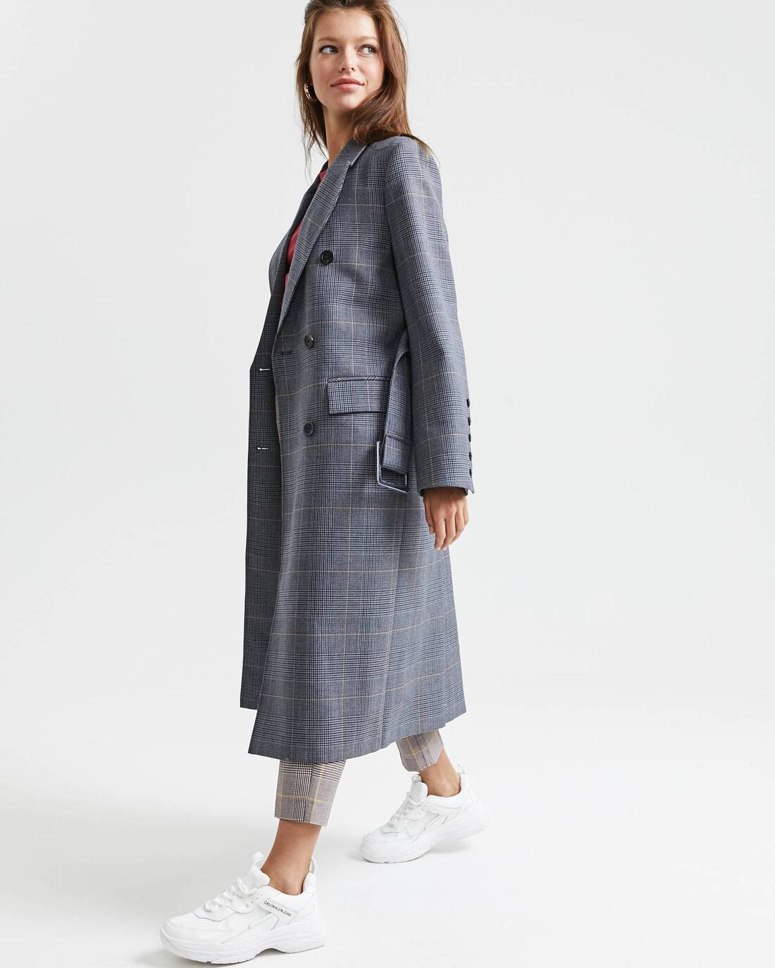 Double-breasted wool trenchcoat