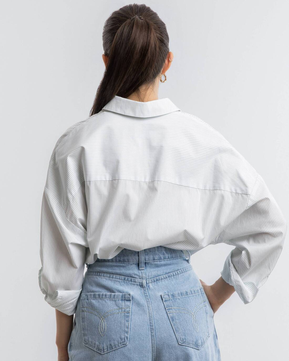 Oversize shirt with pockets