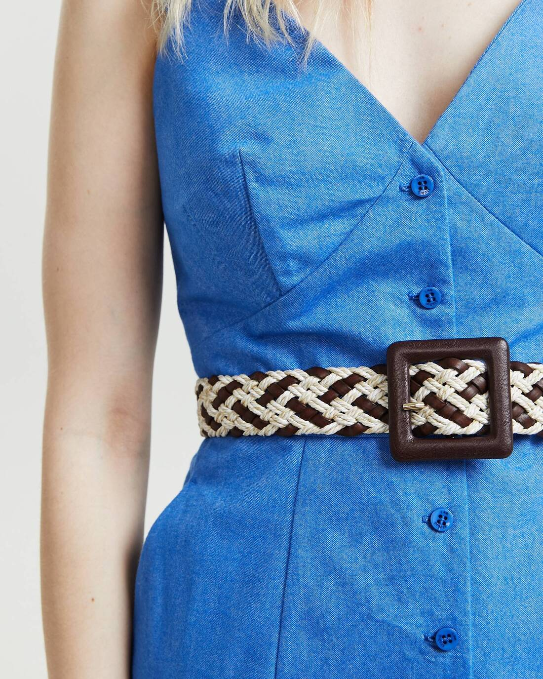 woven belt with leather buckle