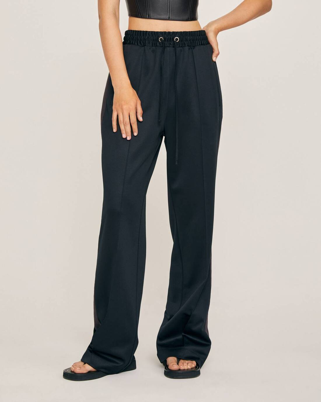 Sporty straight fit trousers